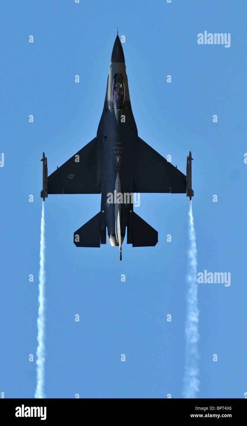 Lockheed F-16C Falcon jet fighter, F16, F-16 - Stock Image