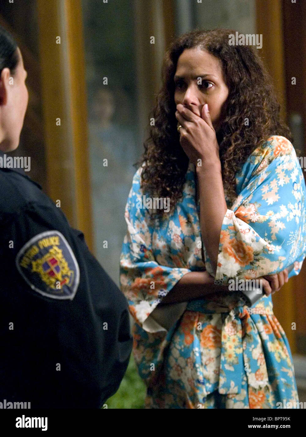 HALLE BERRY THINGS WE LOST IN THE FIRE (2007) Stock Photo