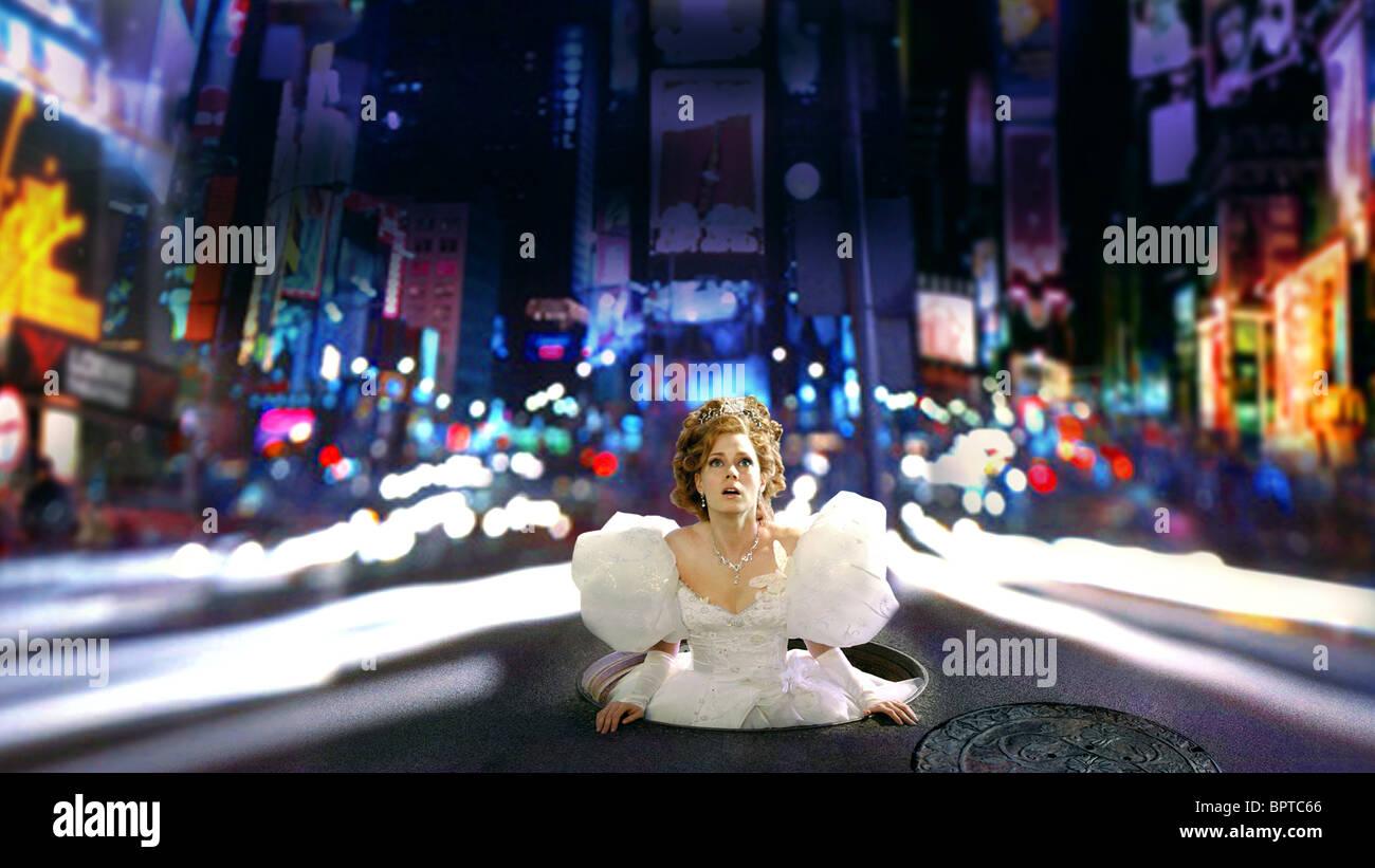 AMY ADAMS ENCHANTED (2007) - Stock Image