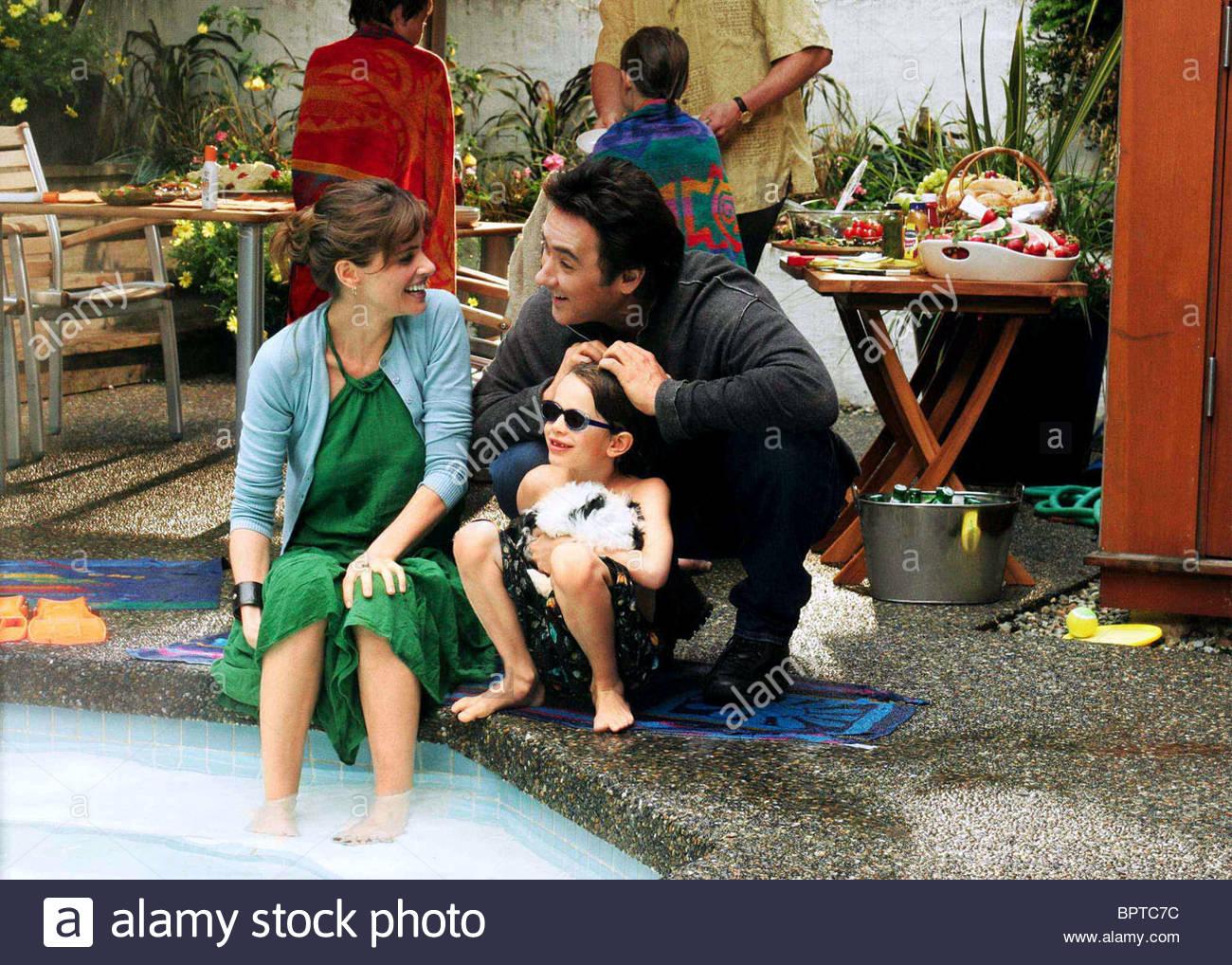 AMANDA PEET JOHN CUSACK & BOBBY COLEMAN THE MARTIAN CHILD (2007) Stock Photo