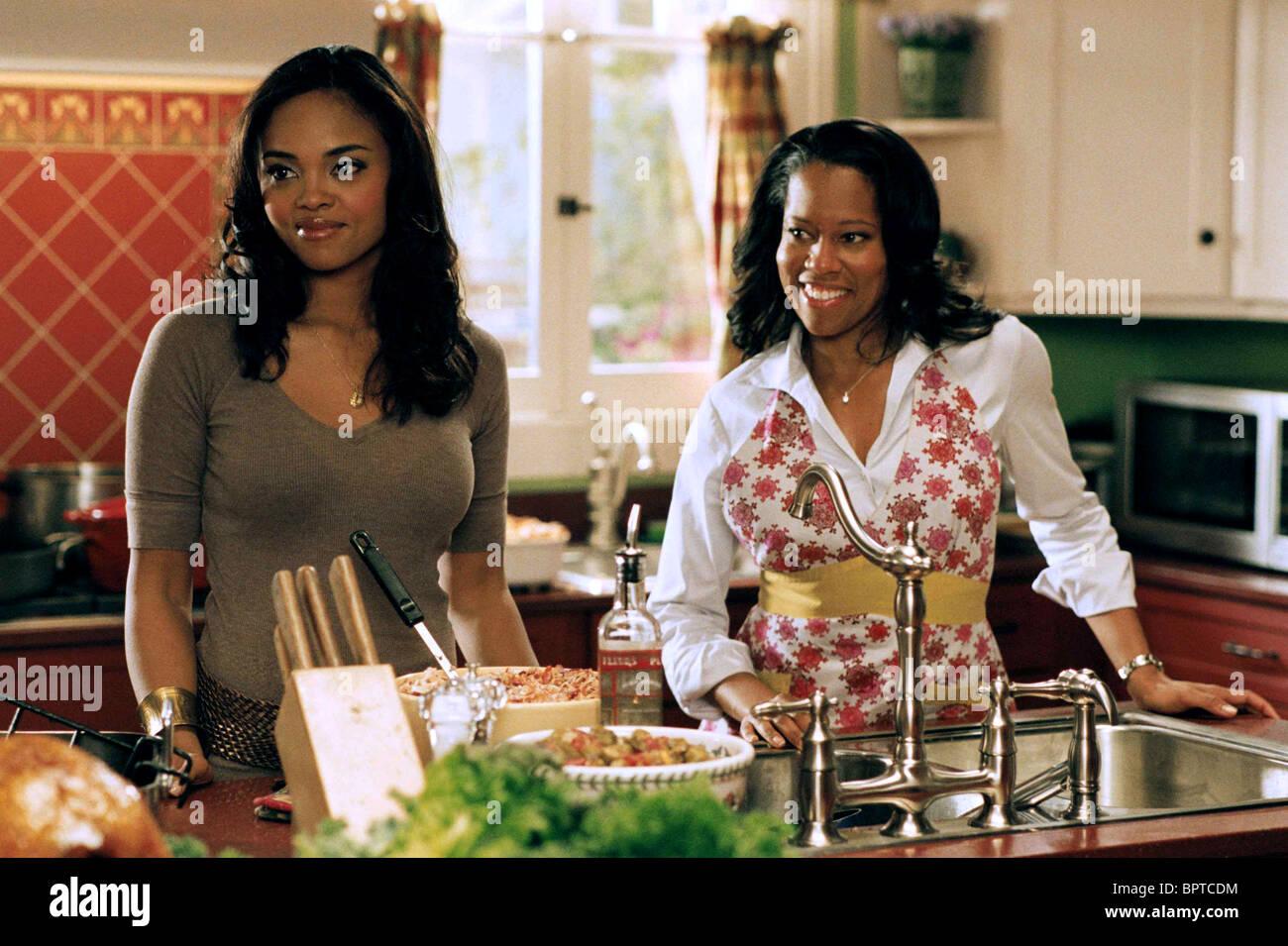 This Christmas Sharon Leal.Sharon Leal Regina King This Christmas 2007 Stock Photo