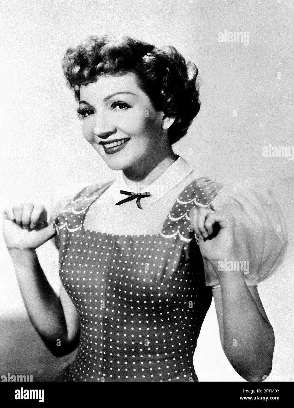 CLAUDETTE COLBERT ACTRESS (1940) - Stock Image