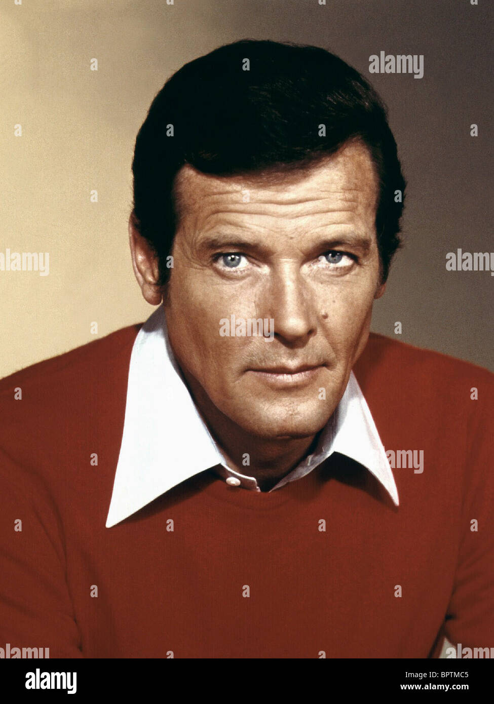 ROGER MOORE ACTOR (1982) - Stock Image