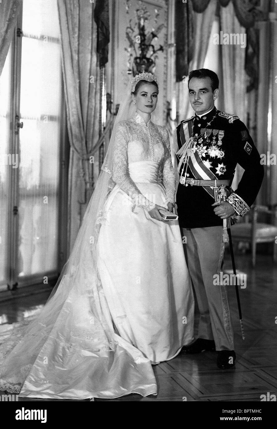 GRACE KELLY & PRINCE RAINIER III PRINCE & PRINCESS OF MONACO (1956) - Stock Image