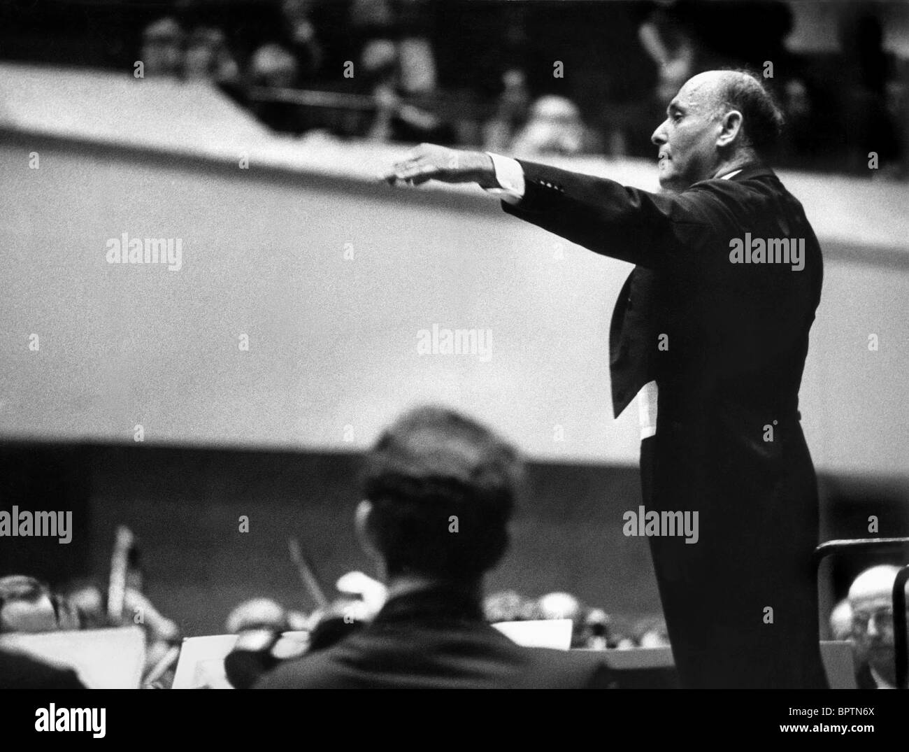 GEORG SOLTI CONDUCTOR (1969) - Stock Image