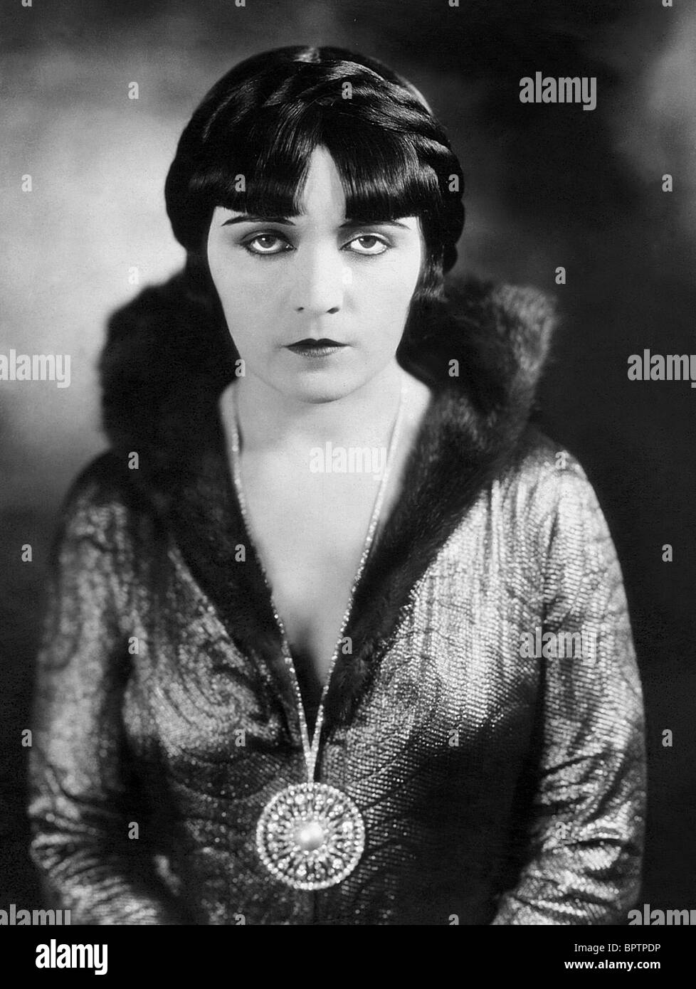 Pola Negri Pola Negri new photo