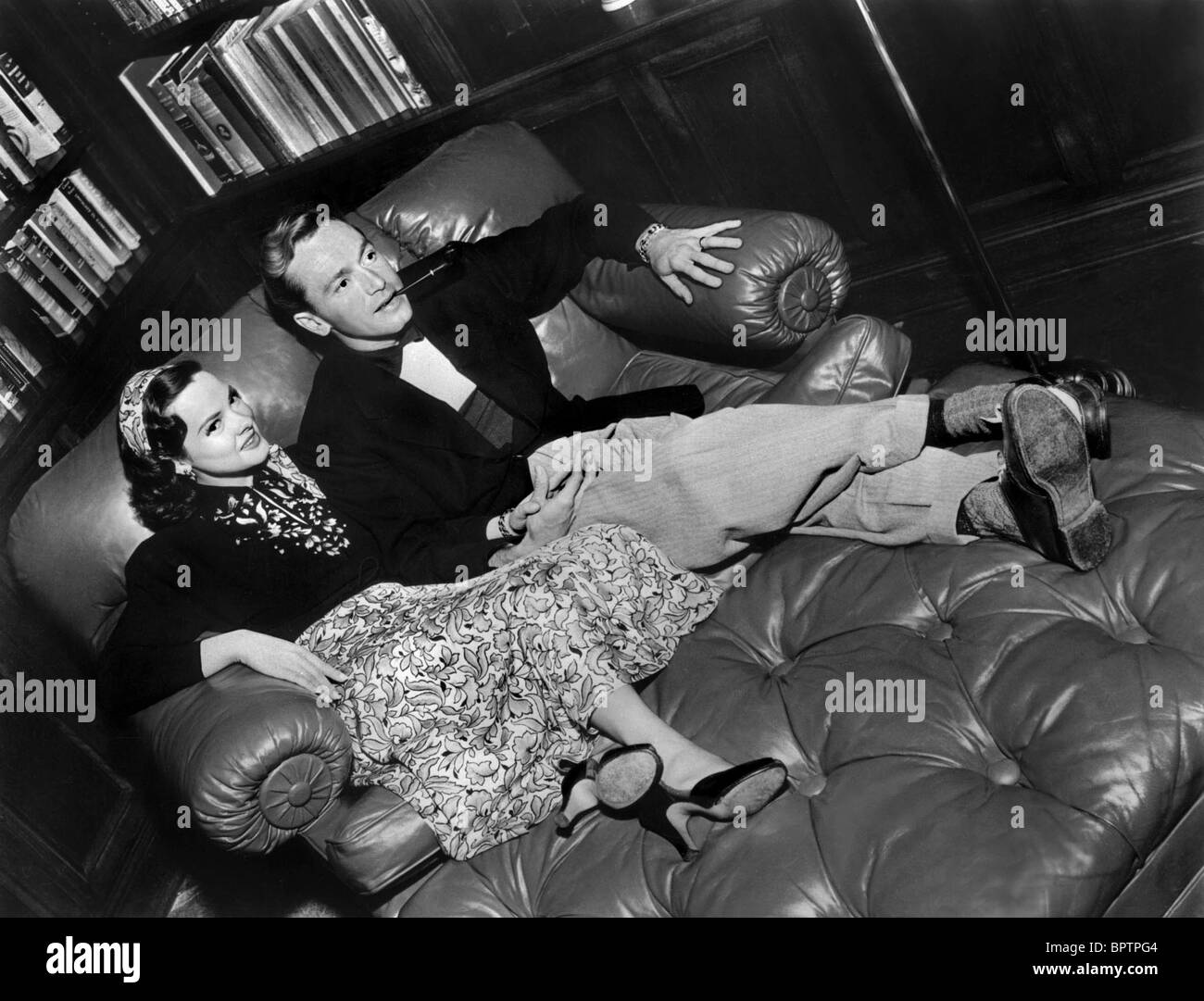 KATHRYN GRAYSON & JOHNNIE JOHNSTON ACTRESS & HUSBAND (1948) - Stock Image