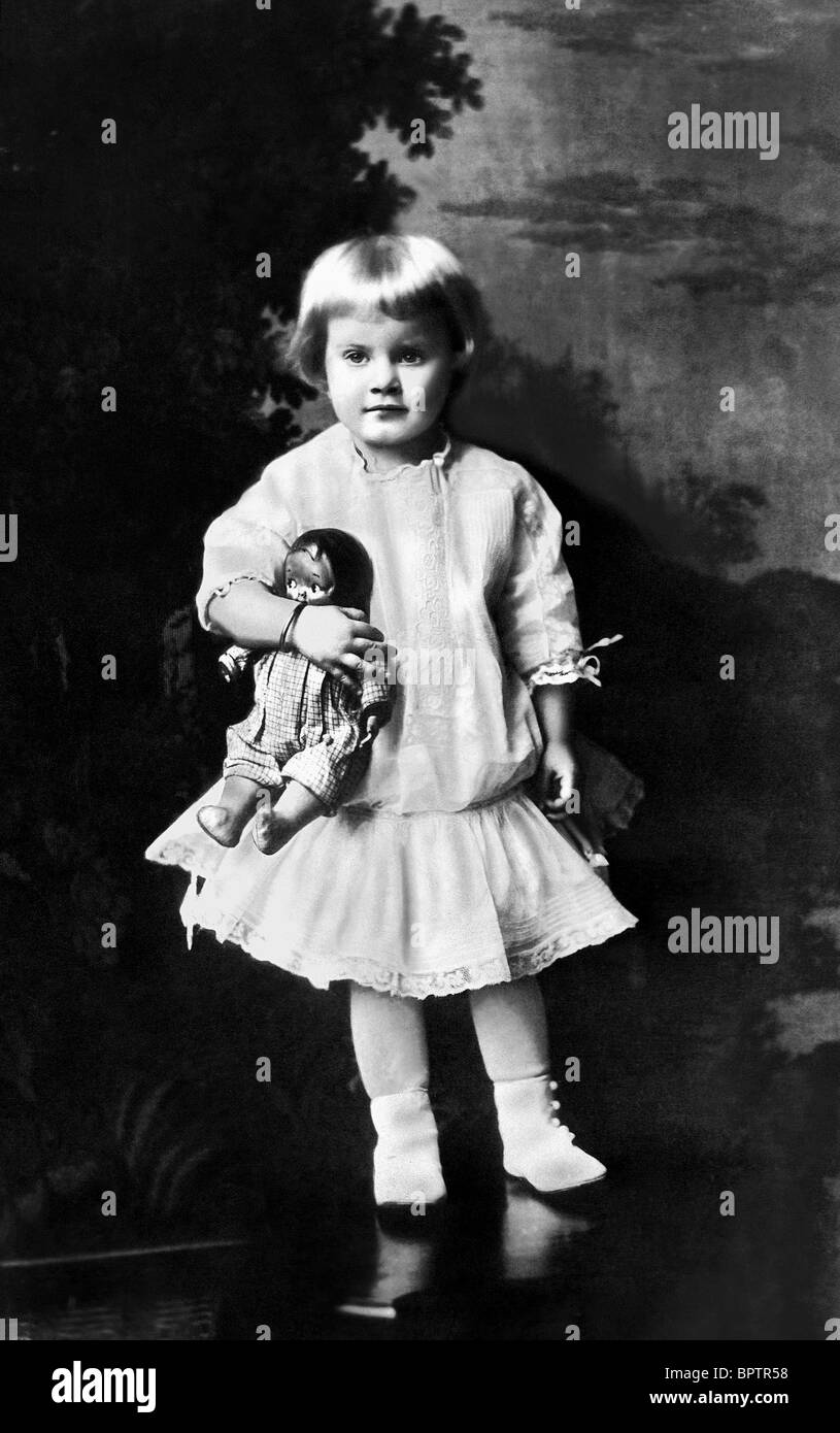 JEAN HARLOW CHILDHOOD PICTURE OF ACTRESS (1915) - Stock Image