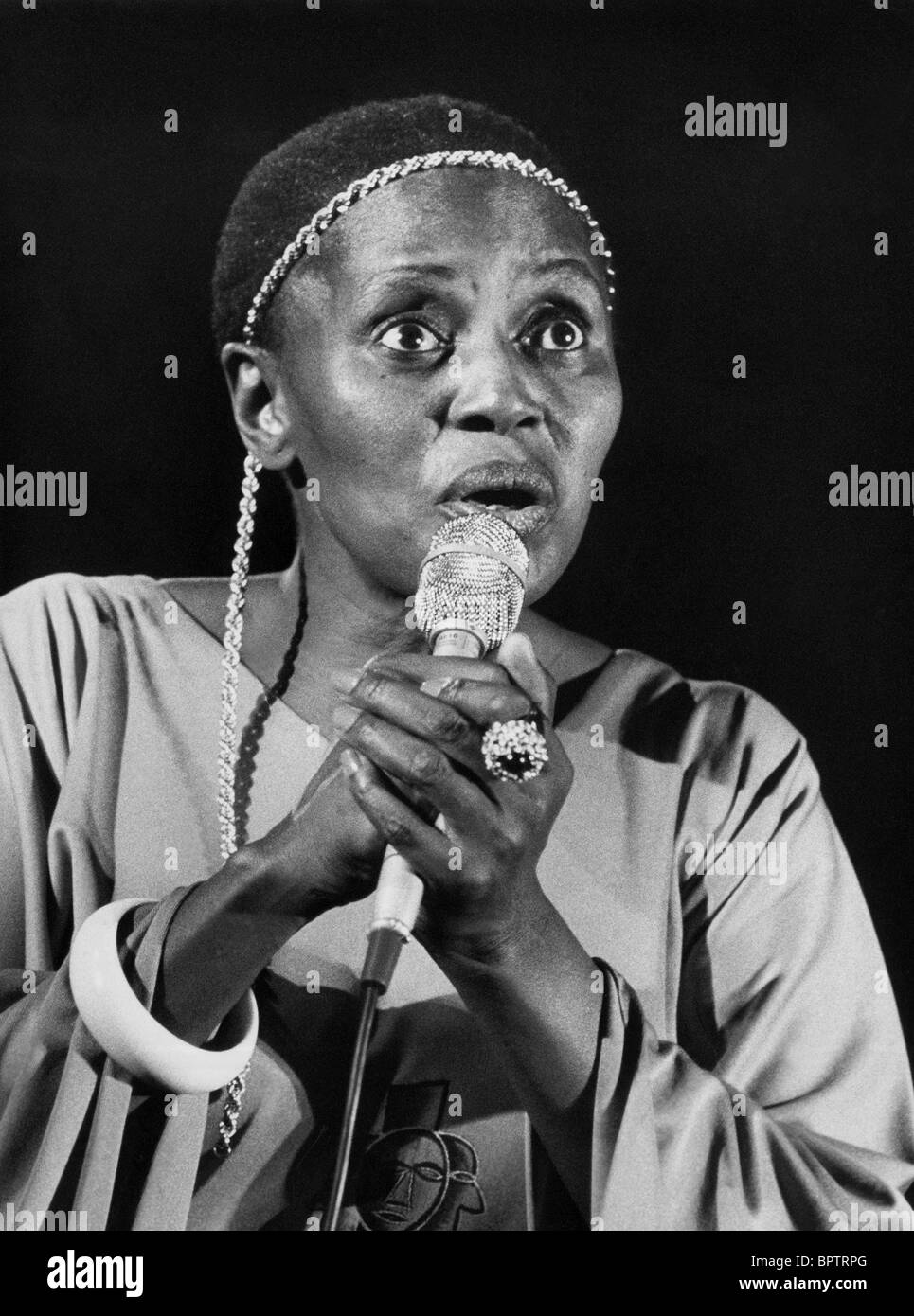 MIRIAM MAKEBA SINGER & HUMAN RIGHTS ACTIVIST (1969) - Stock Image