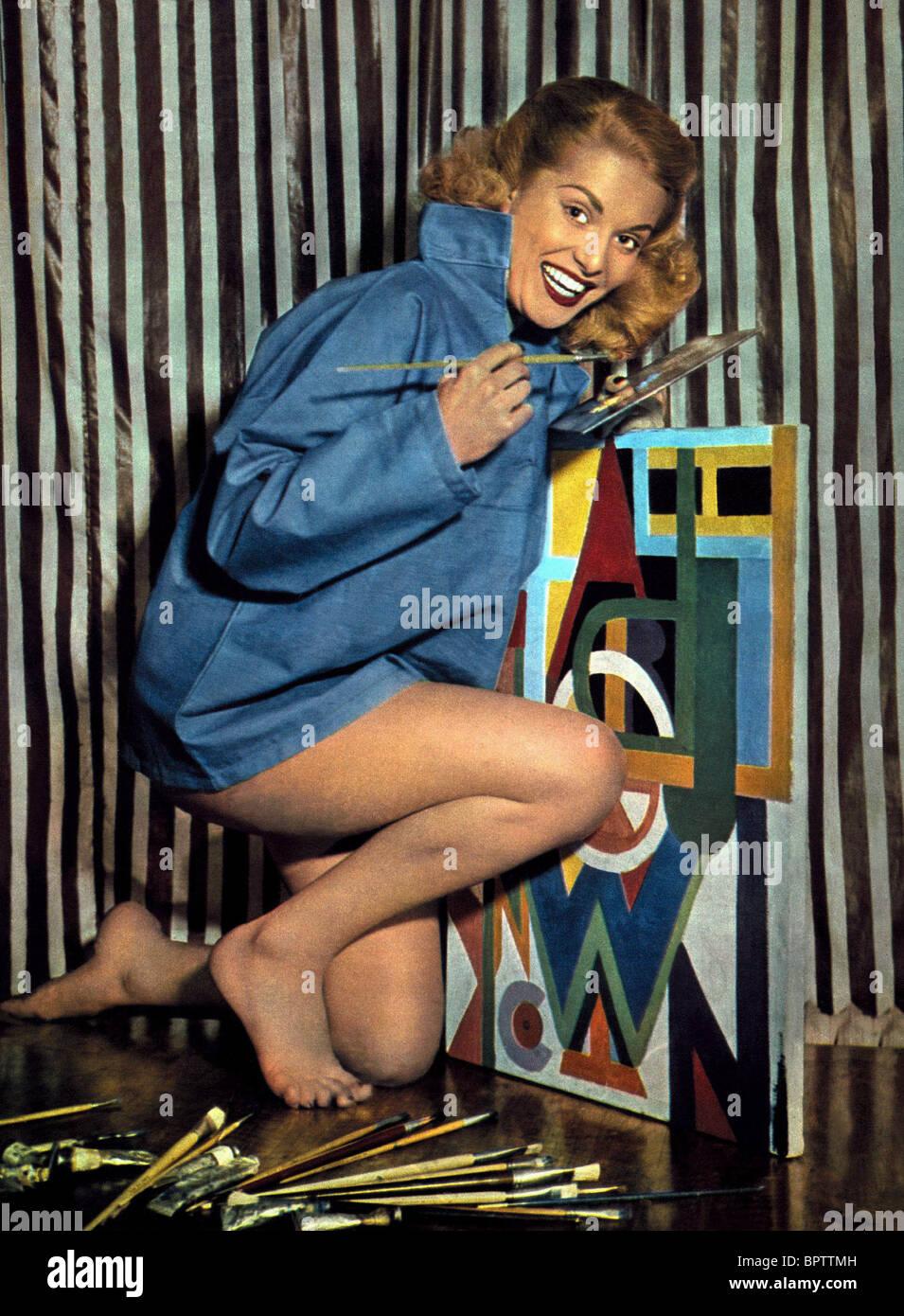 Patricia Heaton born March 4, 1958 (age 60),Alice Krige (born 1954 (born in Upington, South Africa) Adult fotos Elha Nympha (b. 2004),Jane Birkin (born 1946)