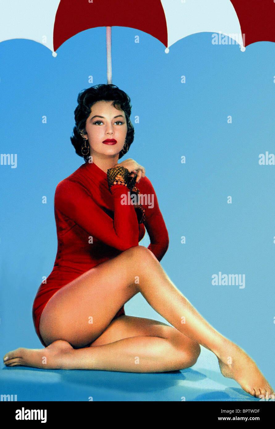 Cleavage Gloria Saunders naked (92 foto) Leaked, iCloud, cameltoe