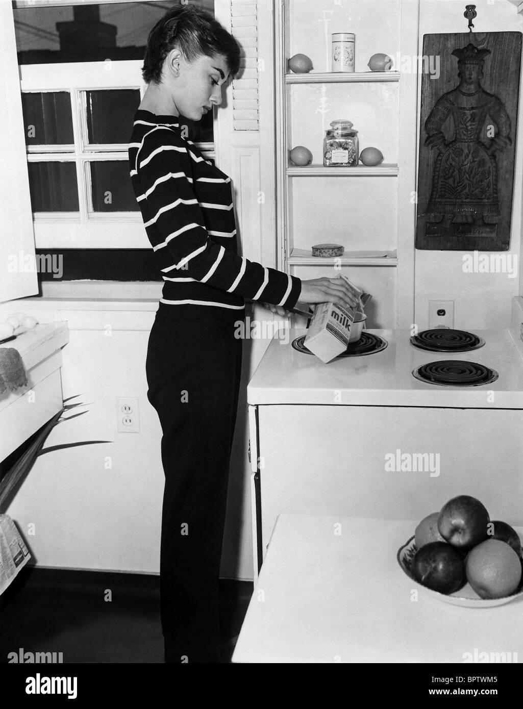 AUDREY HEPBURN ACTRESS (1954) - Stock Image