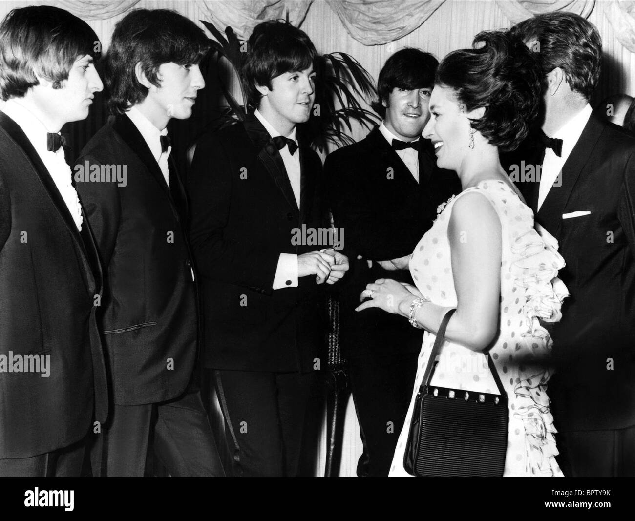 RINGO STARR GEORGE HARRISON PAUL MCCARTNEY JOHN LENNON PRINCESS MARGARET HELP PREMIERE 1965