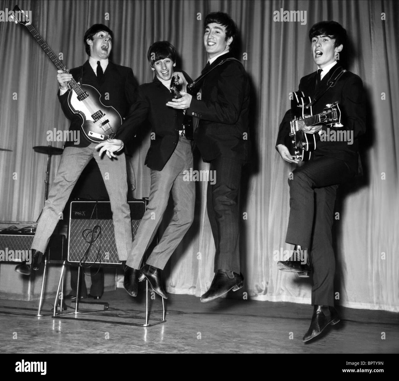 PAUL MCCARTNEY RINGO STARR JOHN LENNON & GEORGE HARRISON THE BEATLES (1963) - Stock Image