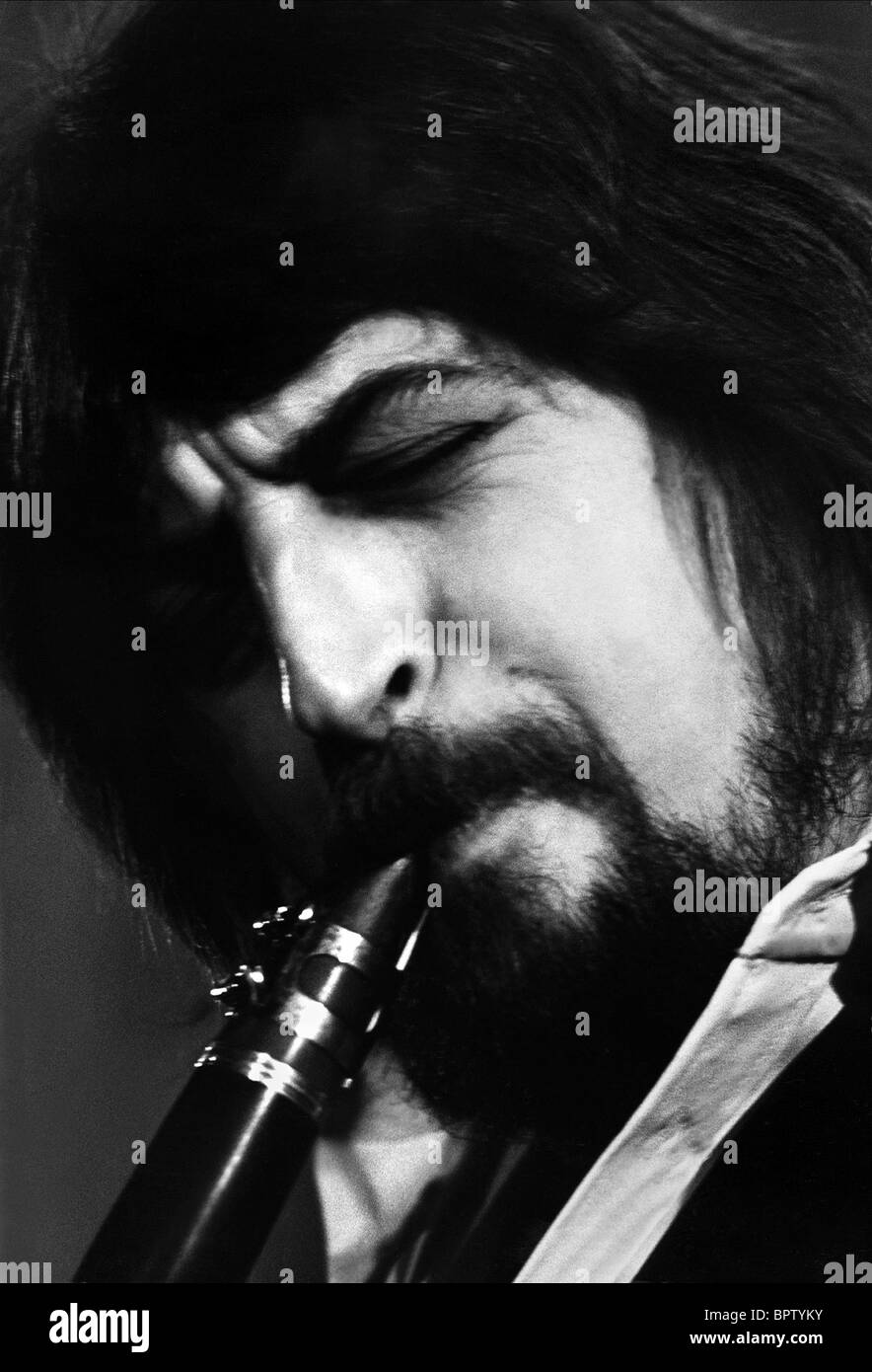 ANDY COOPER MUSICIAN (1978) - Stock Image