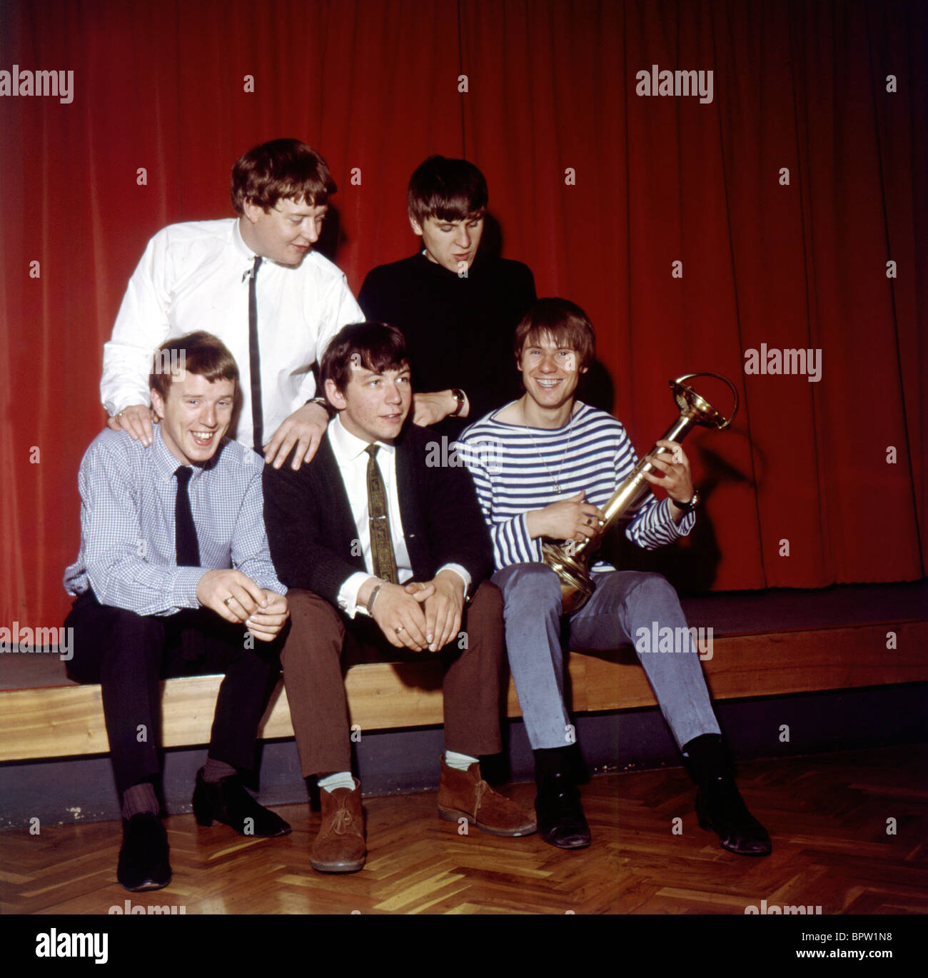 Image of: Rising Sun Alan Price Eric Burdon John Steel Hilton Valentine Bryan Chandler The Animals Pop Group 1964 Daily Mail Alan Price Eric Burdon John Steel Hilton Valentine Bryan Chandler