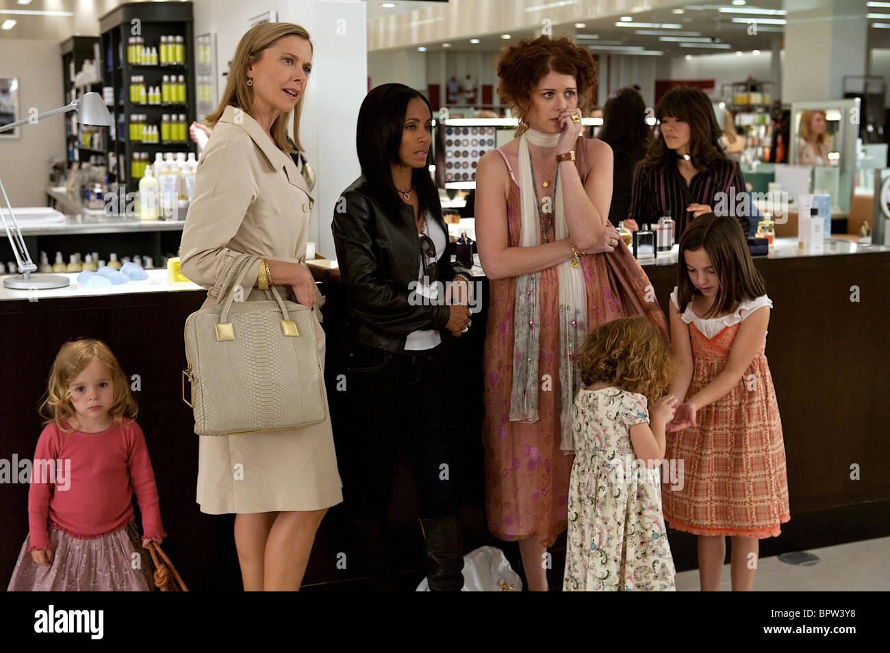 ANNETTE BENING JADA PINKETT SMITH & DEBRA MESSING THE WOMEN (2008) - Stock Image