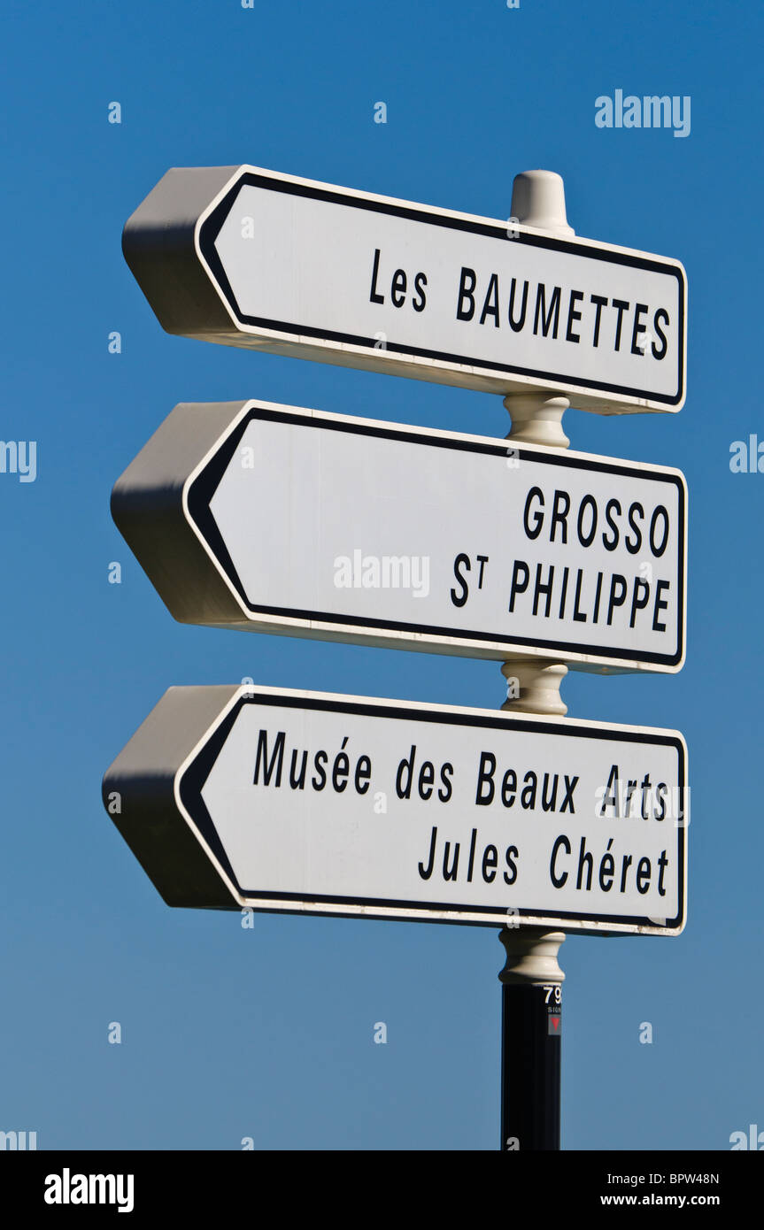 """Road signs in Nice for """"Les Baumettes"""", """"Grosso St Philippe"""" and """"Musée des Beaux Arts Jules Chéret"""" Stock Photo"""