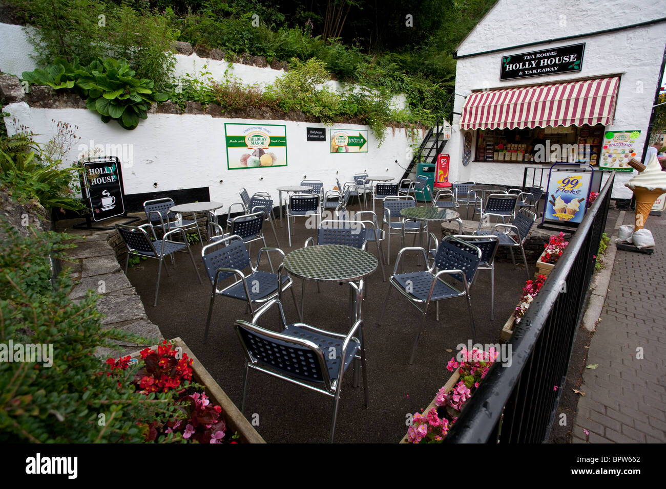 Outdoor rooms stock photos outdoor rooms stock images - Cheddar gorge hotels with swimming pools ...