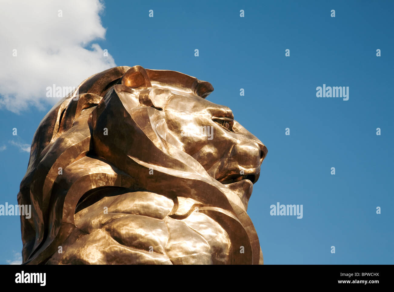 The golden statue of the MGM Hotel lion, the Strip, Las Vegas USA - Stock Image