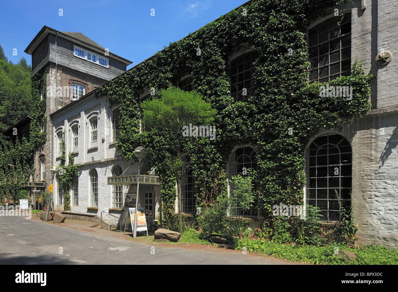 Rheinisches Industriemuseum, Papierindustrie, Papiermuehle Alte Dombach im Strundetal in Bergisch Gladbach, Bergisches Stock Photo