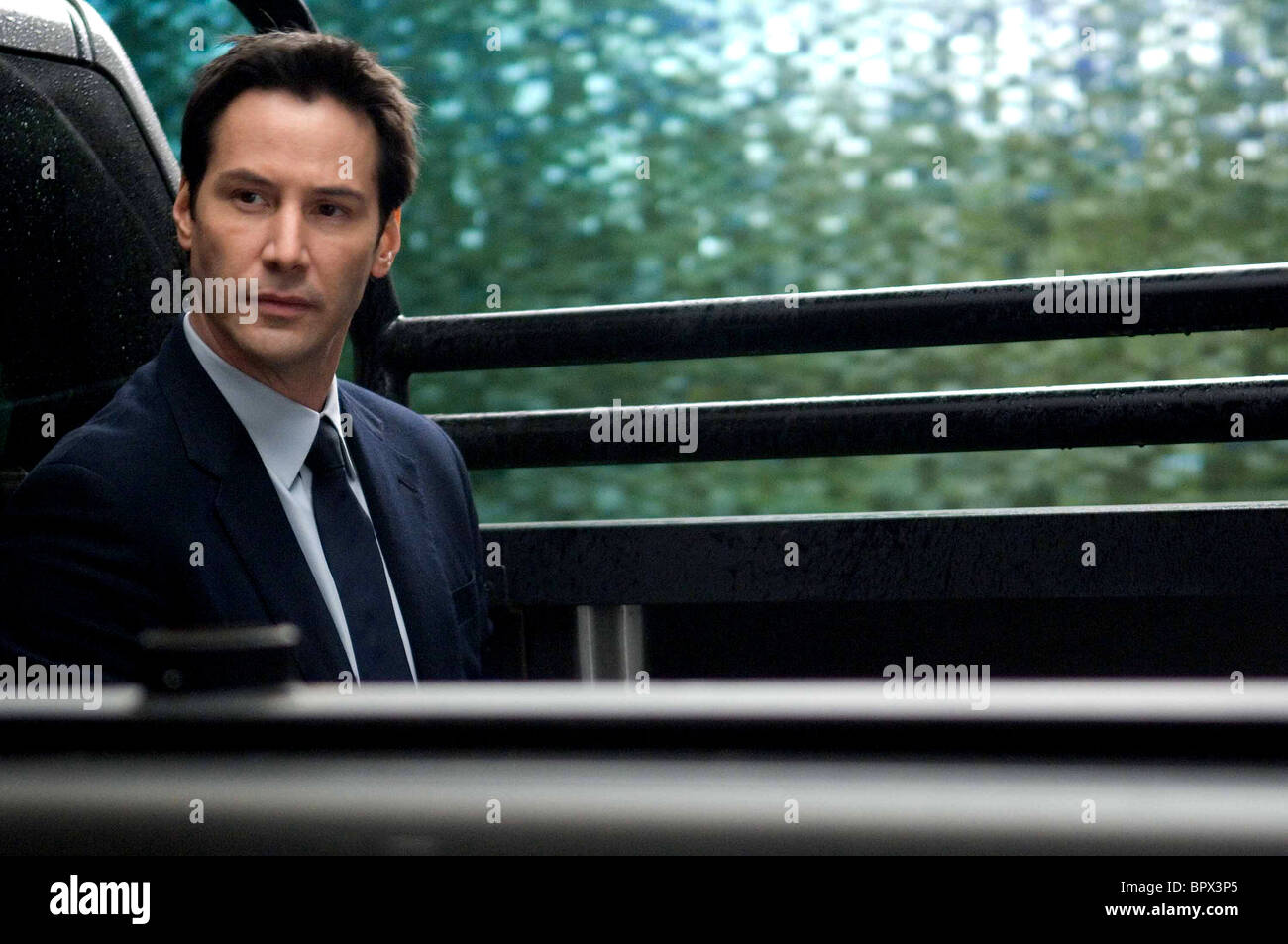 Keanu Reeves The Day The Earth Stood Still 2008 Stock Photo Alamy