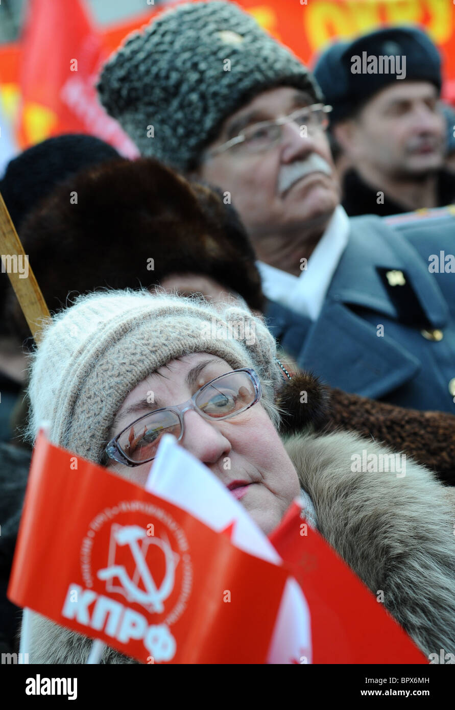 Communists rally against Russian Army reform - Stock Image