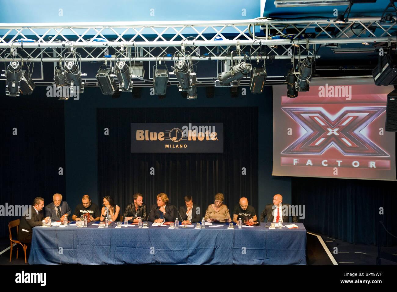 Conferenza stampa per la presentazione di X Factor, Milano, 06.09.2010. Nella foto: la conferenza stampa - Stock Image