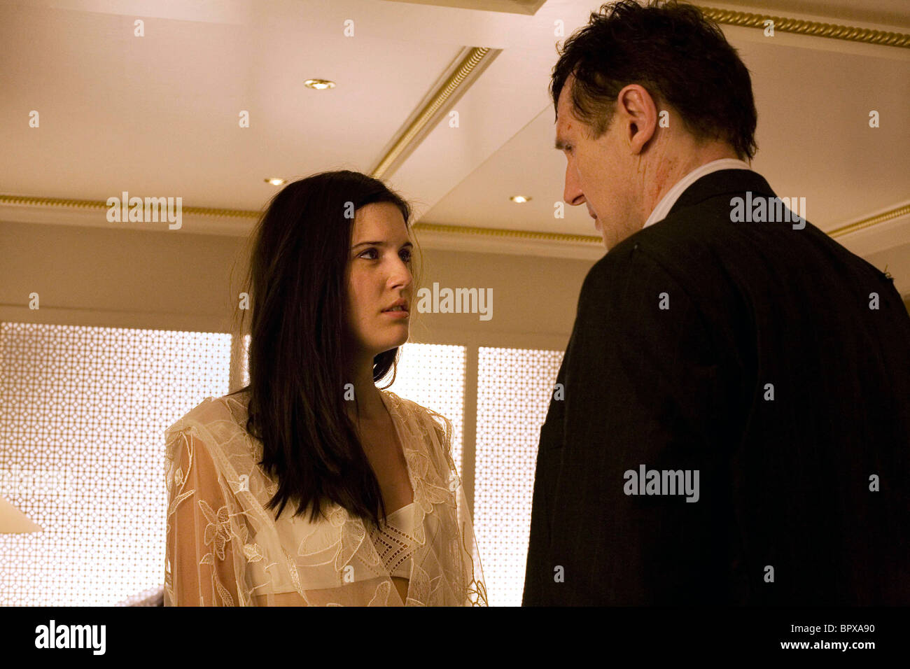 Maggie Grace Liam Neeson Taken 2008 Stock Photo Alamy