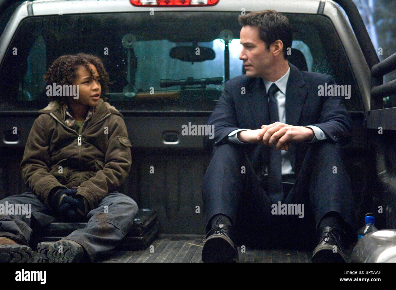 Jaden Smith Keanu Reeves The Day The Earth Stood Still 2008 Stock Photo Alamy