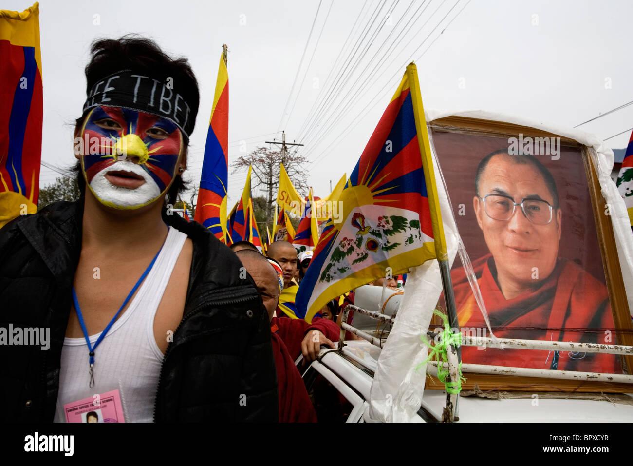 Demo for the 51th anniversary of Tibetan uprising, Dharamsala, Himachal Pradesh, India. - Stock Image