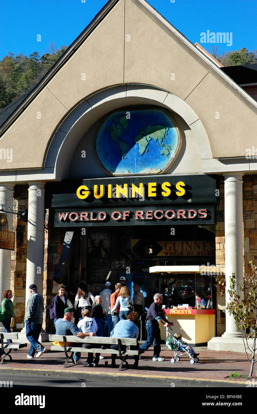 sightseers in front of Guinness World of Records in Gatlinburg, TN. - Stock Image