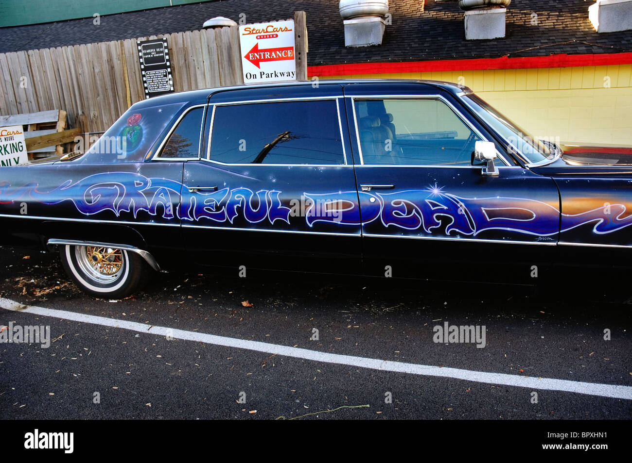 Gatlinburg Tennessee Hollywood Star Cars Museum Grateful Dead rock ...
