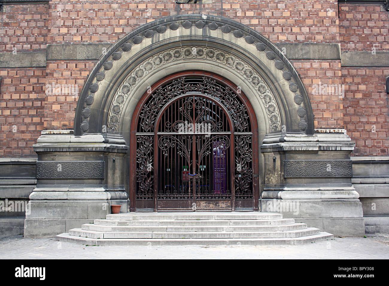 Paleontology Museum, Paris, in the Jardin des Plantes, main entrance. - Stock Image