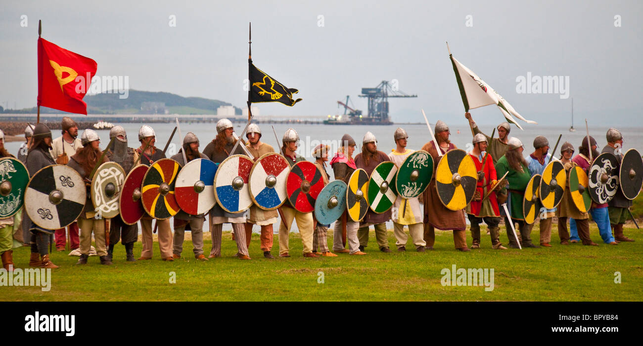 Scottish army lines up for a historical re-enactment of the Battle of Largs (1263).  Viking Festival, 2010 - Stock Image