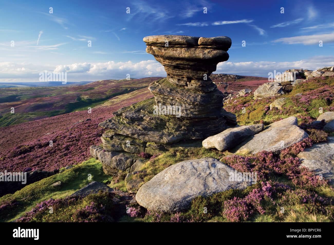 The 'Salt Cellar' (boulder), Derwent Edge, The Upper Derwent Valley, Derbyshire, Peak District, England - Stock Image