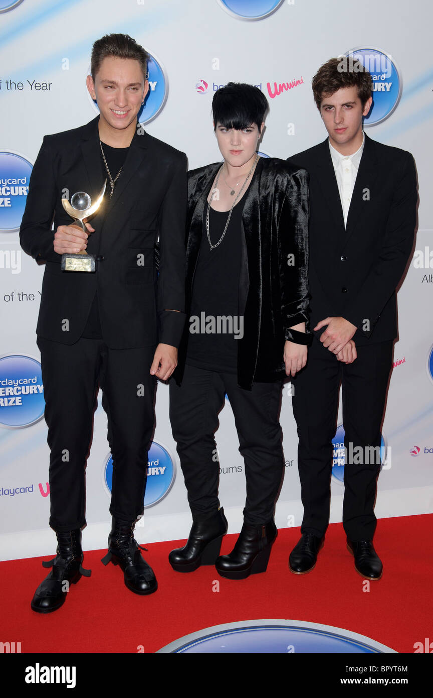 Jamie Smith, Romy Madley Croft and Oliver Sim of The XX, Winners of the Barclaycard Mercury Prize Award 2010. - Stock Image