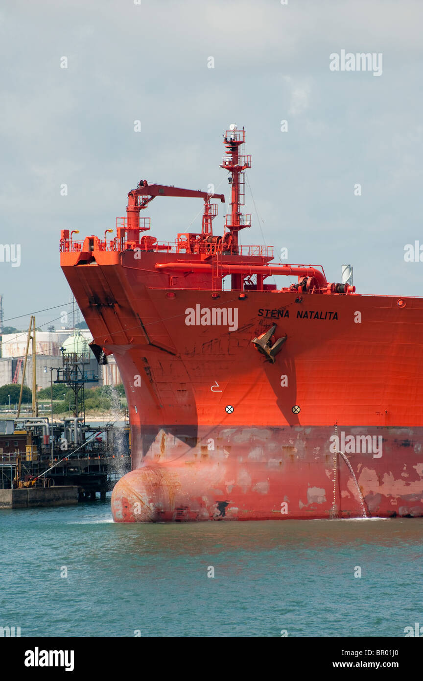 Bulbous bow on the front of the Stena Natalita, Tankship for transporting oil. Length: 254.0mBeam: 44.0m - Stock Image