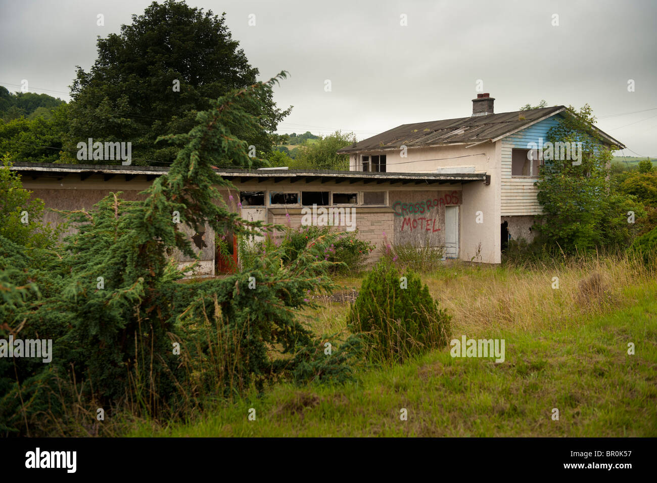 abandoned motel on the A40 near Llywel, POwys Mid Wales - Stock Image
