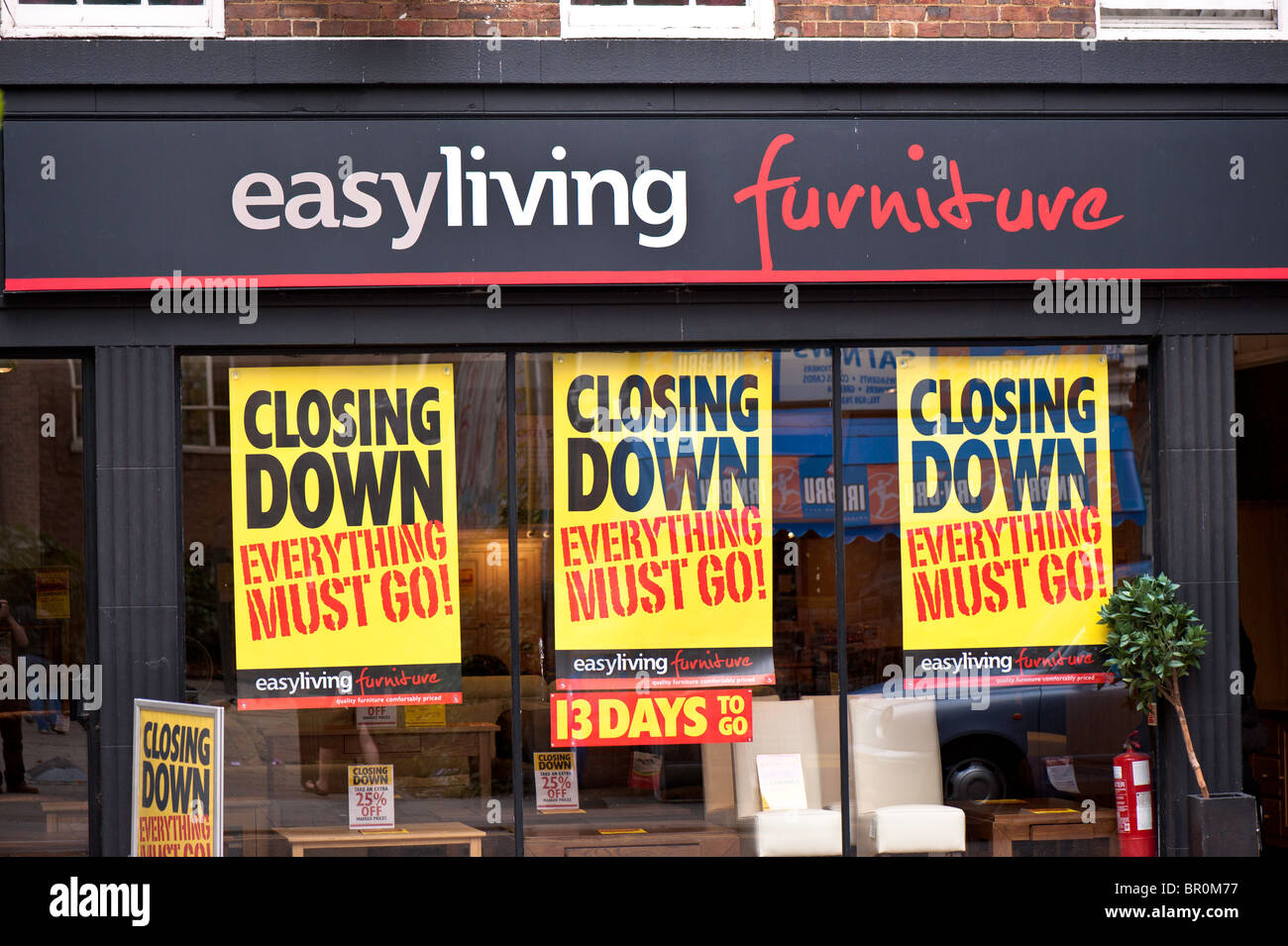 Furniture store closing down, Fitzrovia, W1, London, United Kingdom - Stock Image