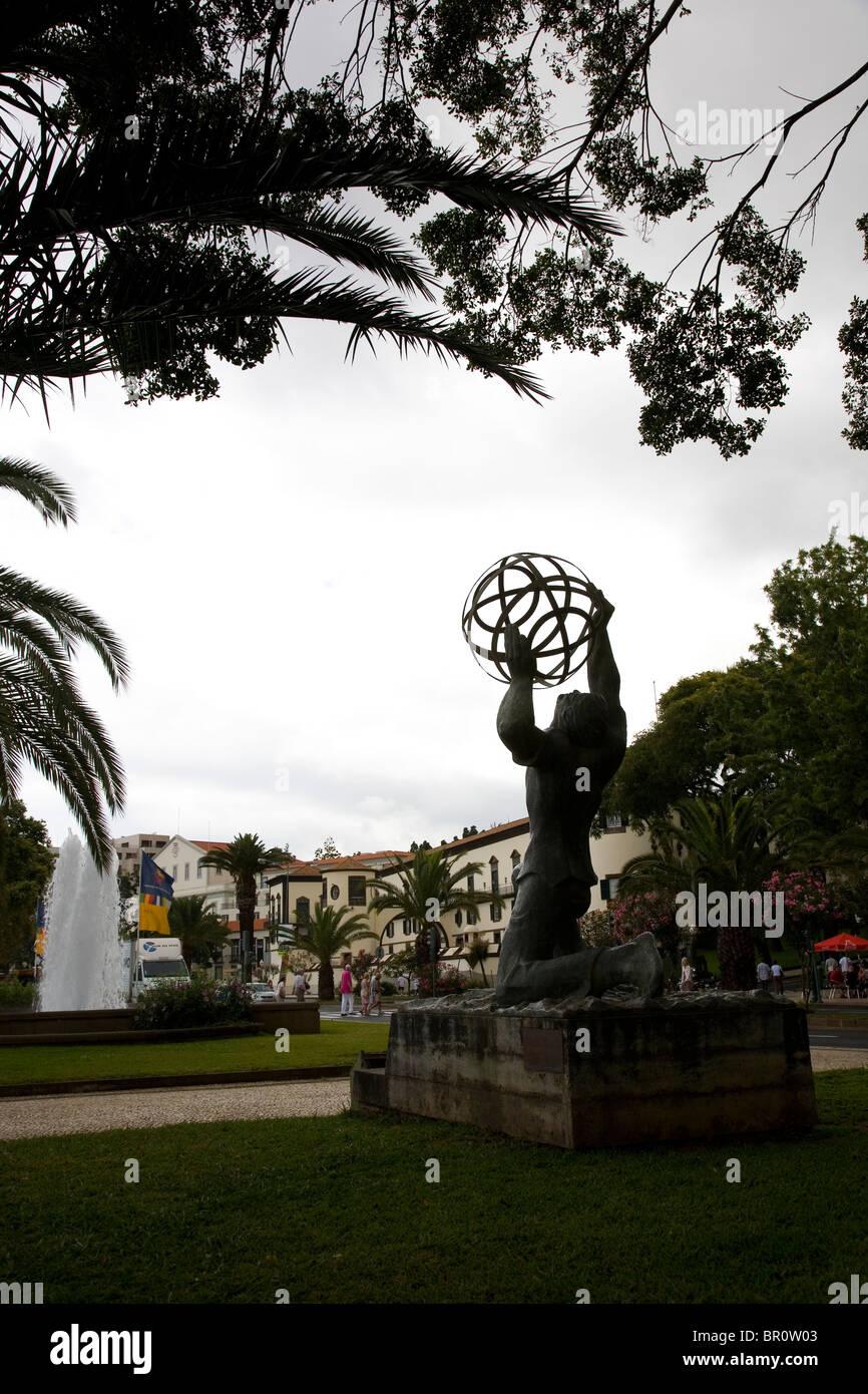 Avenida do Mar - Emigrant Memorial - Stock Image