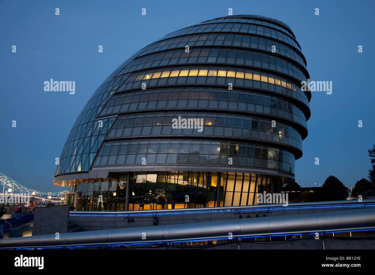 London City Hall illuminated at night, GLA, London - Stock Image