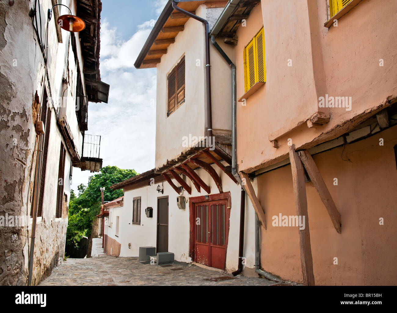 Old Ottoman period houses in the Varossi quarter of Edessa, Macedonia, Northern Greece. - Stock Image