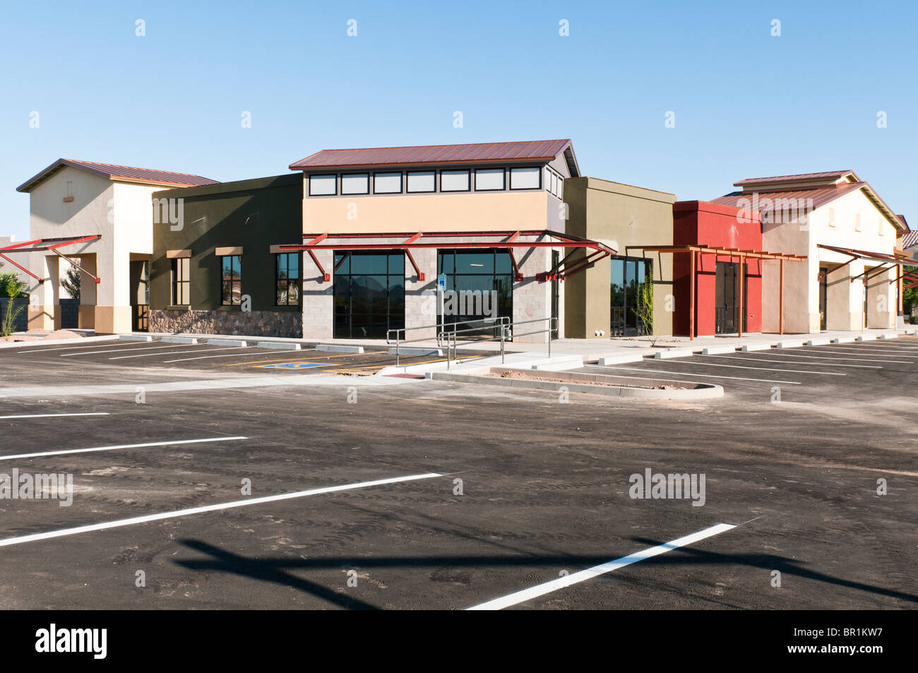 A new retail strip mall is nearing completion in Arizona. - Stock Image