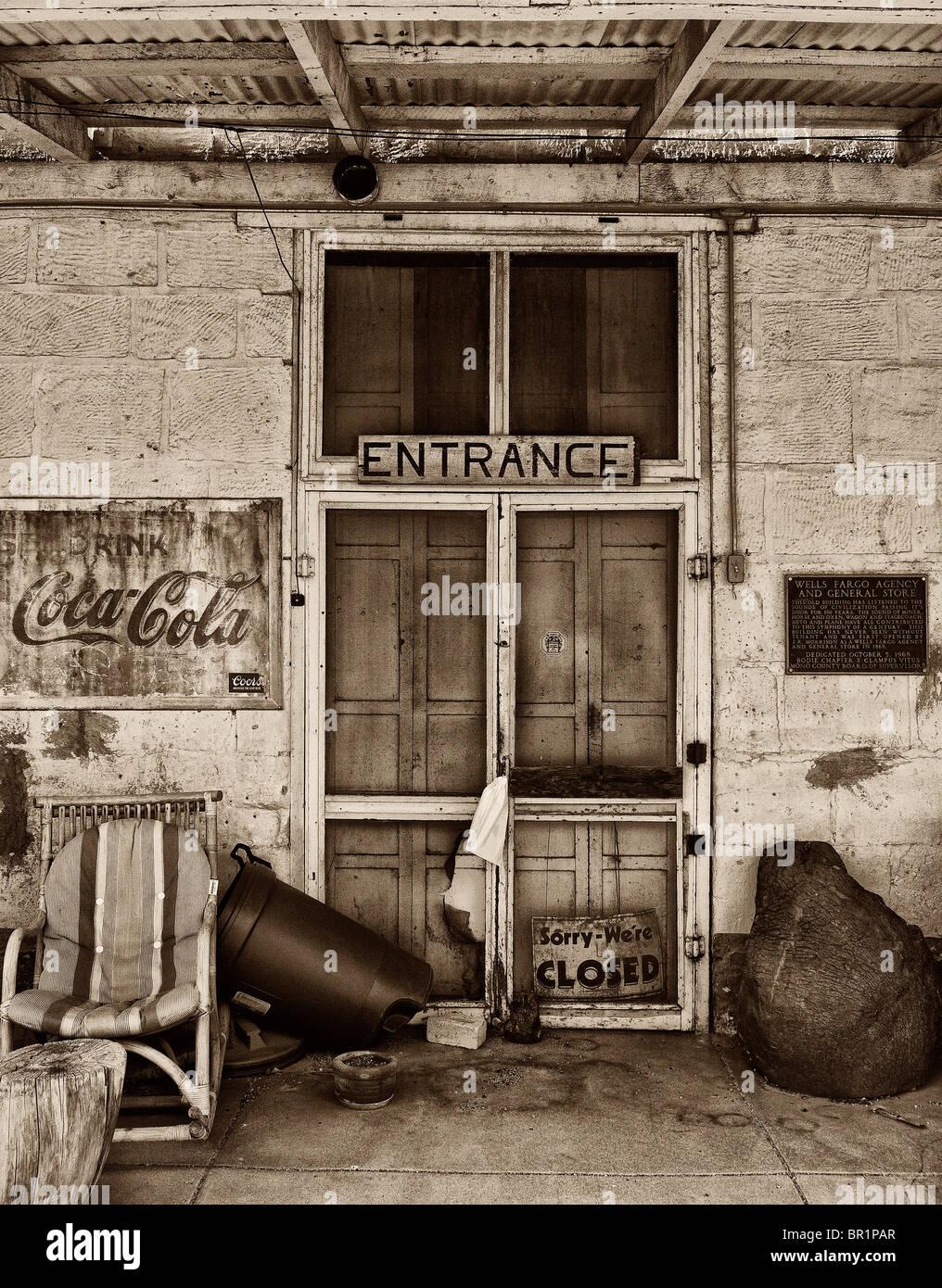 Abandoned door - Stock Image