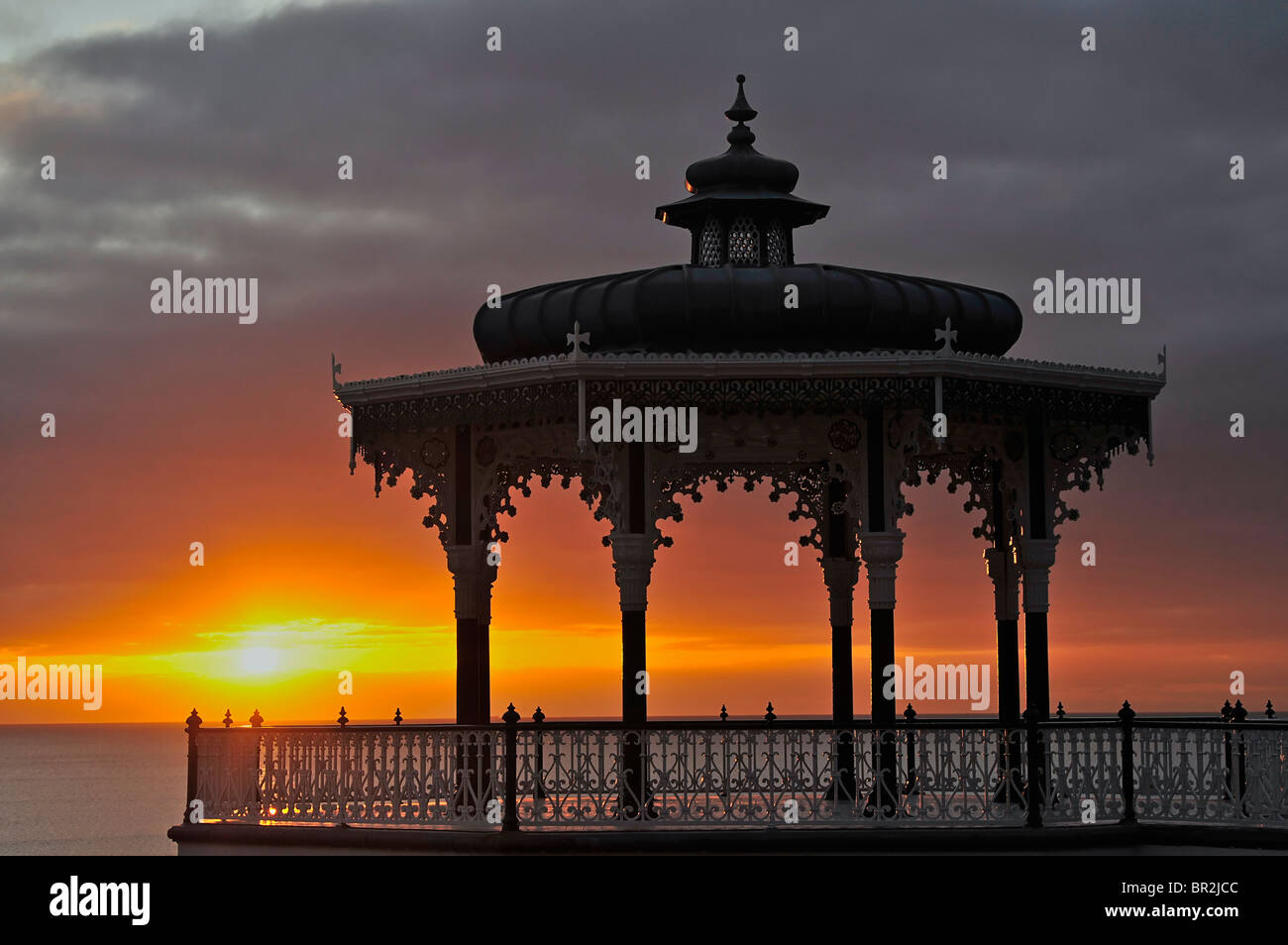 Brighton Bandstand at sunset. Brighton, East Sussex, England - Stock Image