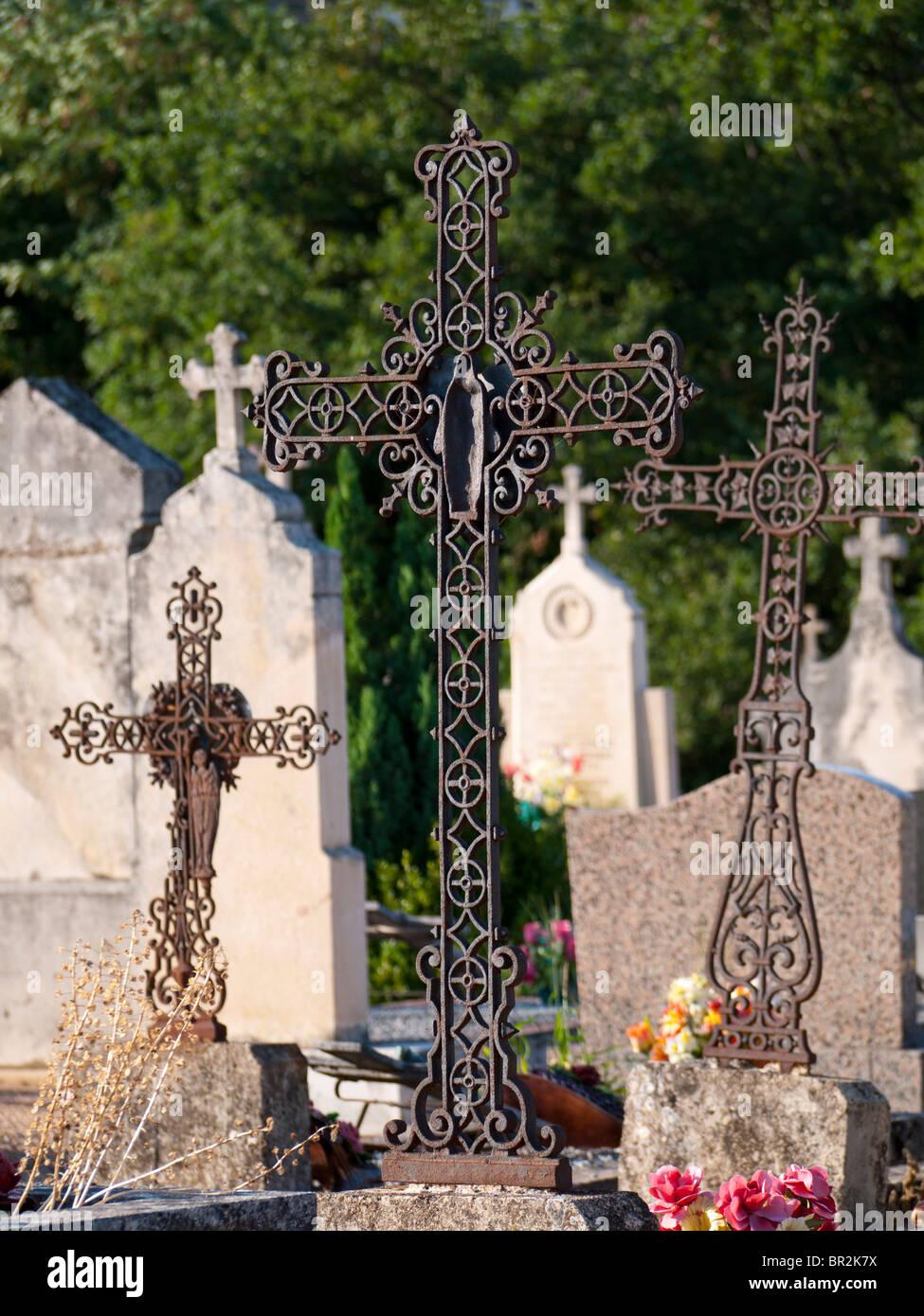 Grave crosses on the Fleurie graveyard in Beaujolais, France - Stock Image