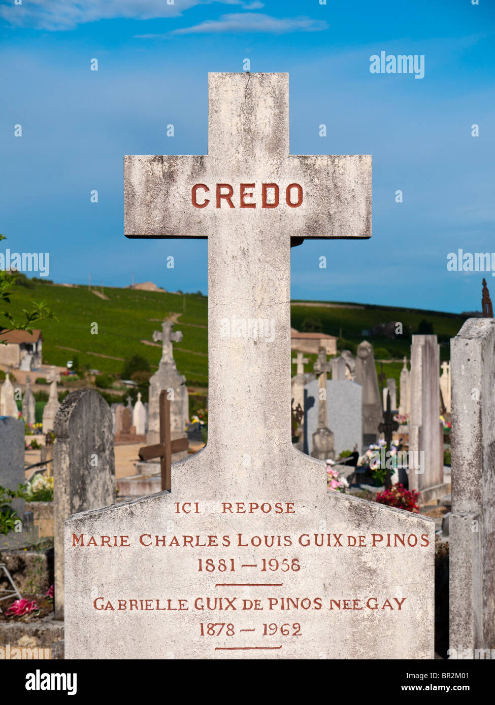Grave cross on the Fleurie graveyard in Beaujolais, France - Stock Image