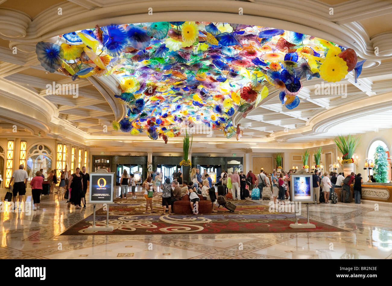 the bellagio hotel lobby with the glass ceiling sculpture. Black Bedroom Furniture Sets. Home Design Ideas