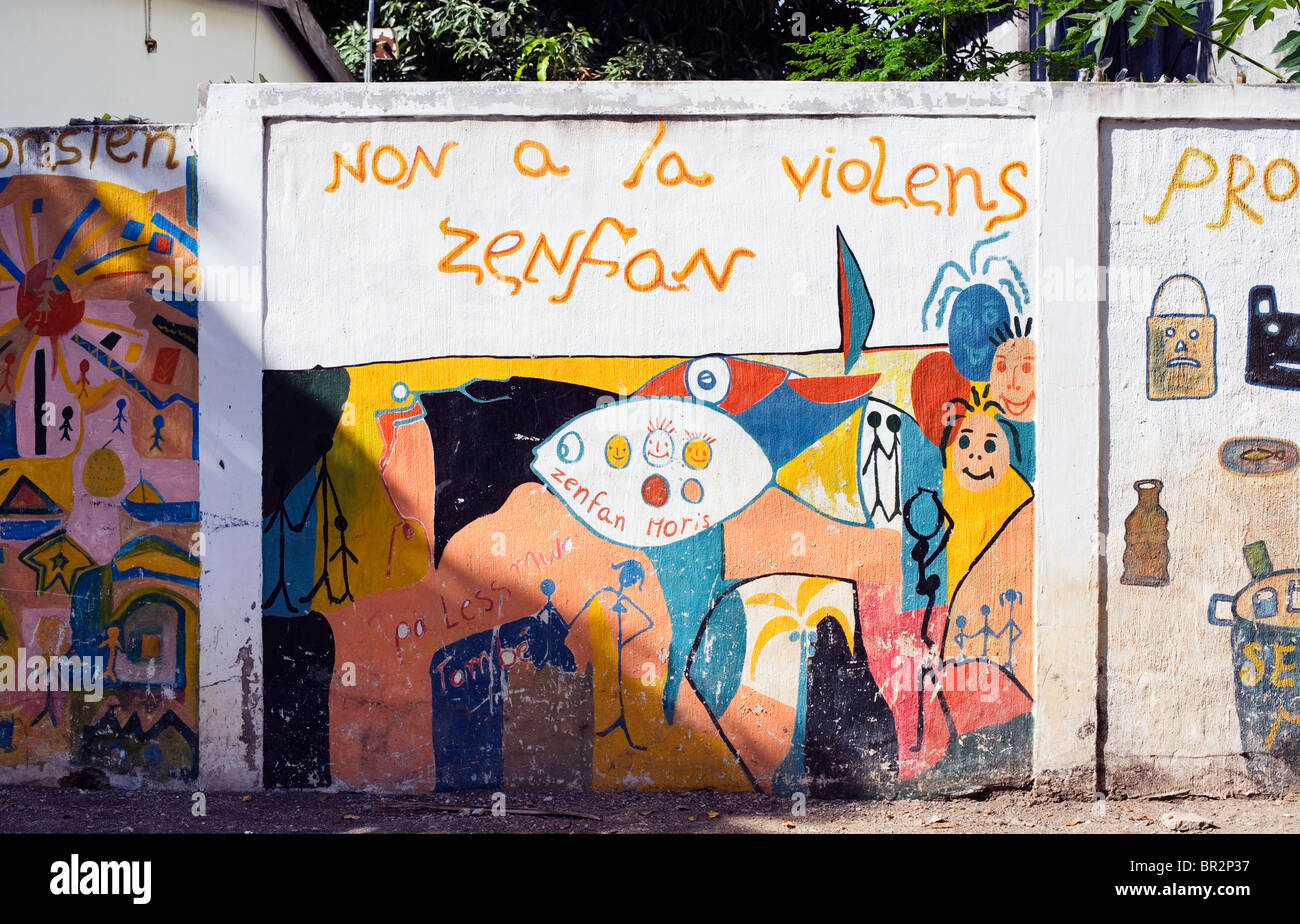 Wall painting, Serious messages in Creole, Tamarin, Mauritius - Stock Image